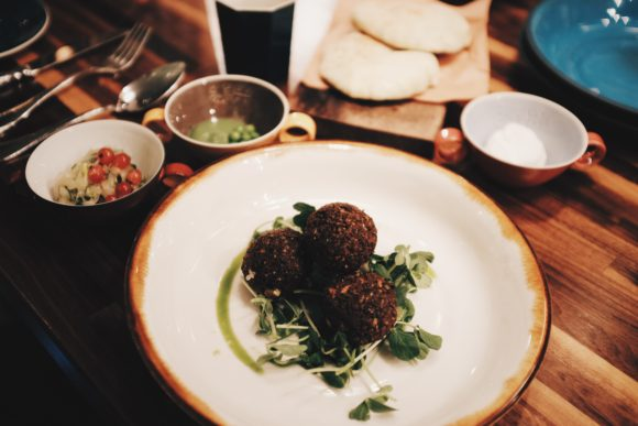 english pea falafel with cardamom lebna, mint and peata